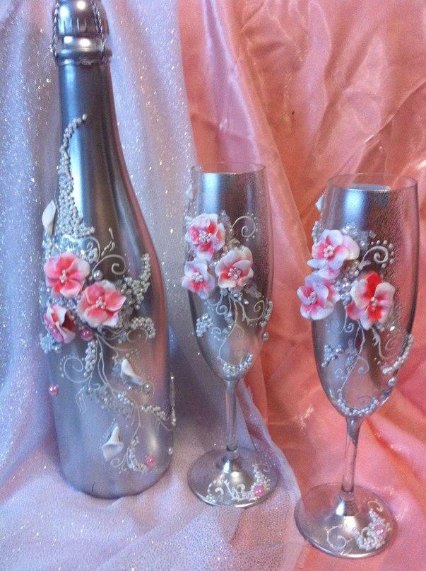 Декорирование свадебных бокалов и шампанского своими руками